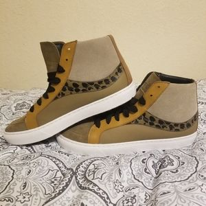 Coach Suede Hi Top Sneakers Size 10 New